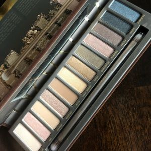 Urban Decay Naked Eyeshadow Palette New in Box